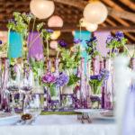 shutterstock_185013851 Blumendekoration Vasen Tischdekoration